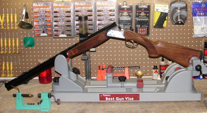 Though the Best Gun Vise can hold break-action firearms as shown, if offers no support in the hinge area as neither leg of the center support is tall enough.
